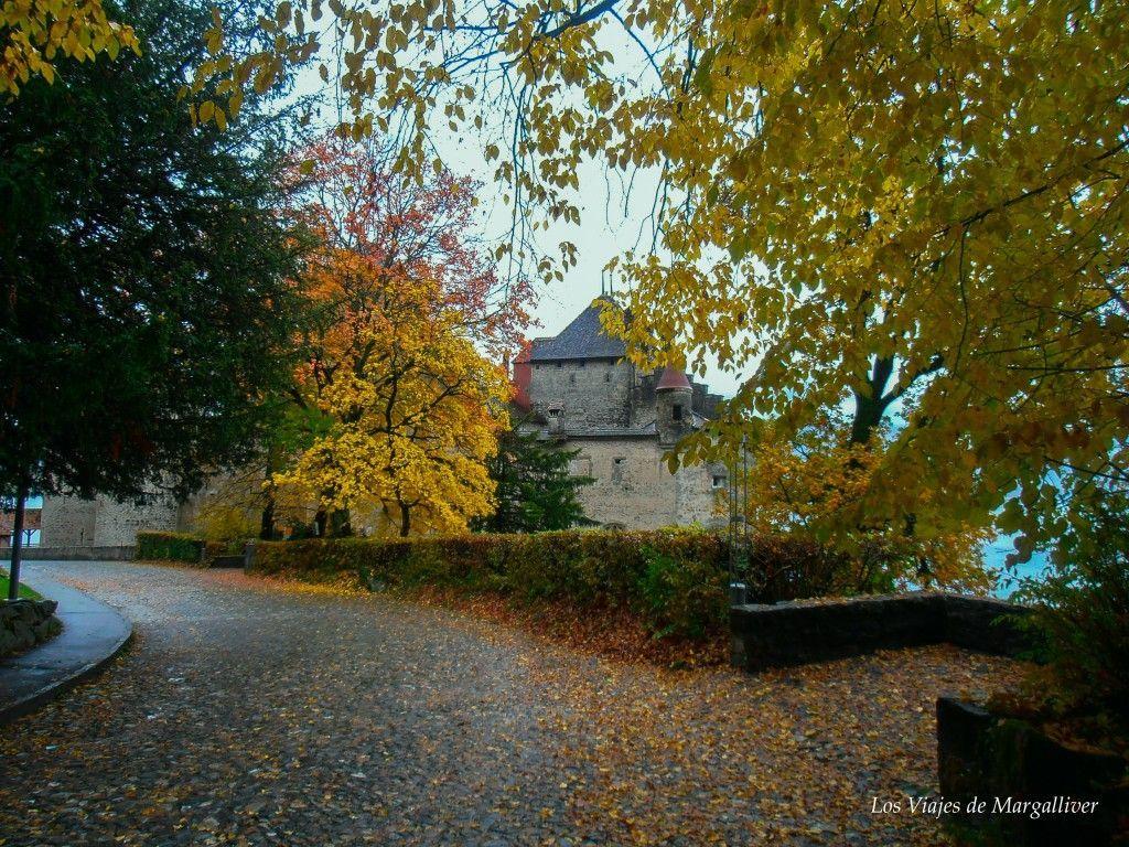 Acercandonos al Castillo de Chillon con el colorido del otoño - Los viajes de Margalliver